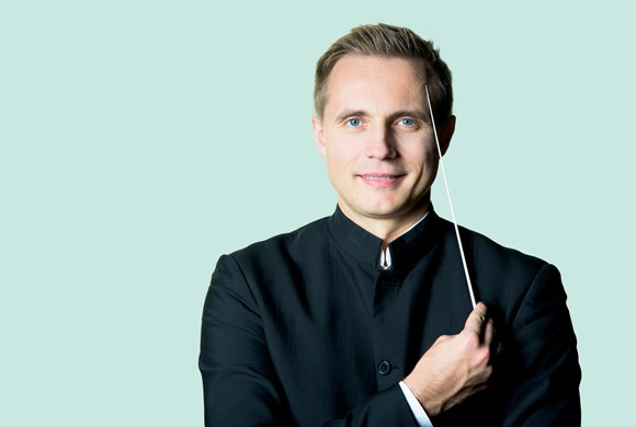 Vasily Petrenko conducts music by Hindemith, Stravinsky and Shostakovich